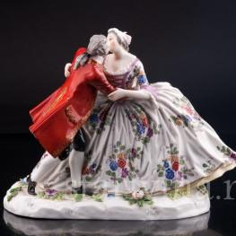 Фарфорвая статуэтка Страстный поцелуй, пара, Volkstedt, Германия, нач. 20 в.