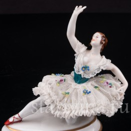 Фарфоровая статуэтка Балерина, миниатюра, кружевная, Volkstedt, Германия, до 1935 г.