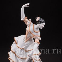 Фарфоровая статуэтка Балерина в испанском танце, Volkstedt, Германия, до 1935 г.